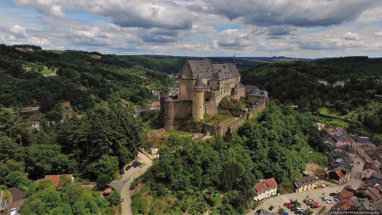 Замок Вианден Люксембург