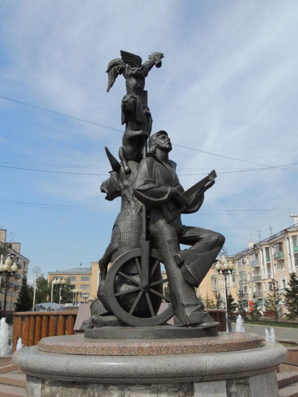 Памятники искульптуры Красноярска. Часть 3: Разные районы города